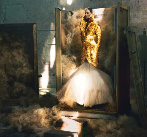"""Noble Farewell"" Vogue US July 2010, Model: Irina Kulikova, Photographer: Annie Leibovitz"