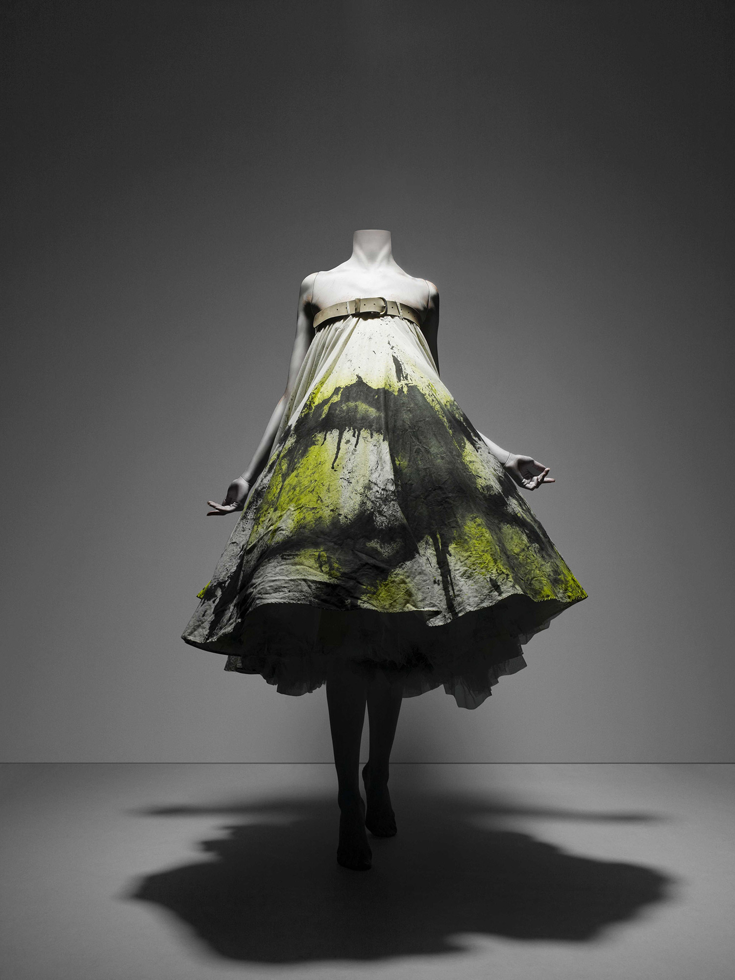 No. 13, spring/summer 1999 White cotton muslin spray-painted black and yellow with underskirt of white synthetic tulle